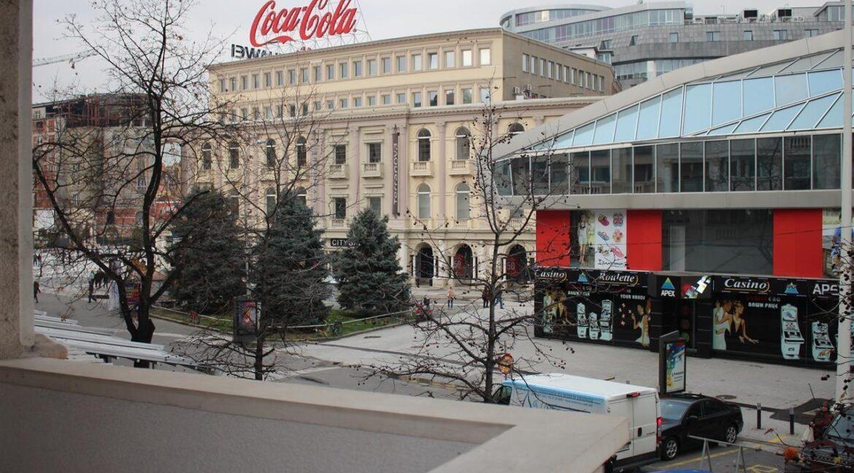 SE-IZNAJMUVA-STAN-VO-CENTAR-40m2 (7)
