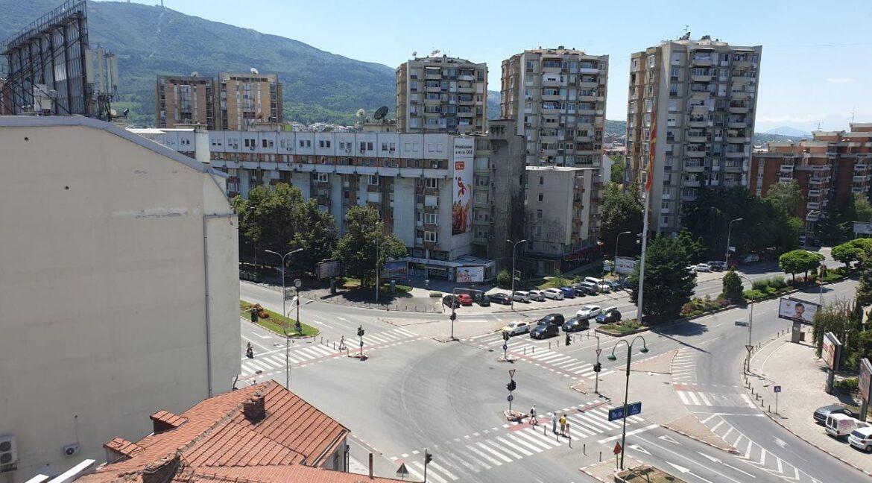 Dvosoben-stan-vo-strog-centar-na-Skopje (4)