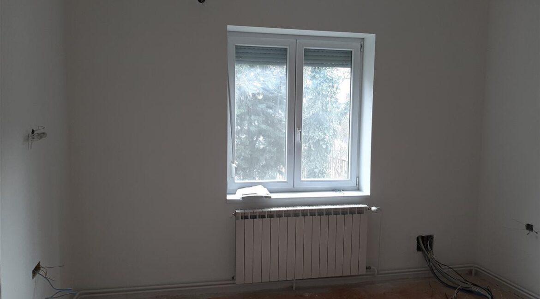 Се-издава-стан-на-Водњанска--одличен-за-деловен-простор (2)