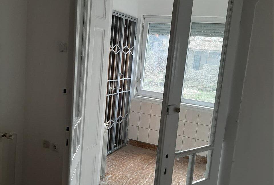 Се-издава-стан-на-Водњанска--одличен-за-деловен-простор (5)