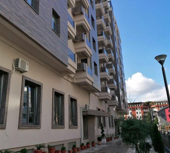 Se-Izdava-namesten-stan--extra-lokacija-so-parking-prostor (5)